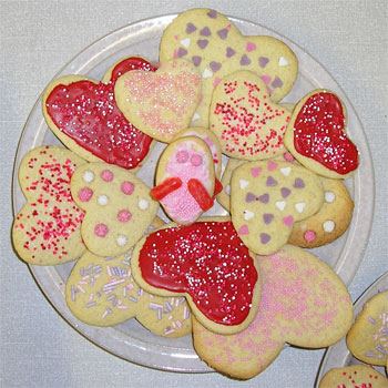 Marta's Valentine's Day cookies (including a Love Bug!)