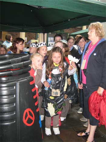 Brownies waiting to go on stage, with leader Sue Lawrence, York, 6.6.10
