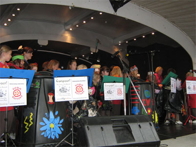 Brownies performing 'Compost! The (mini-)Musical' at York Carnival, 6.6.10