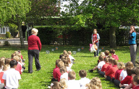 Rachel Simpson with the pupils of Headlands Primary School as part of Compost Awareness Week 2011