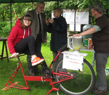 Making smoothies with pedal power! St Nicks, 10.5.14
